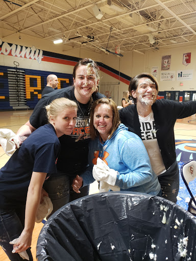 staff_getting pied2